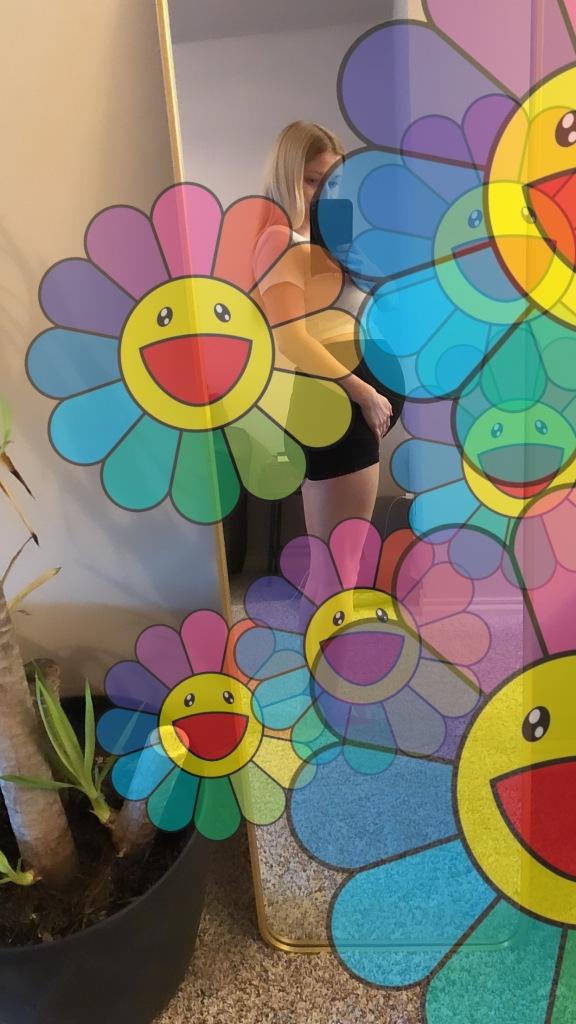 Murakami Flower Photo Filter